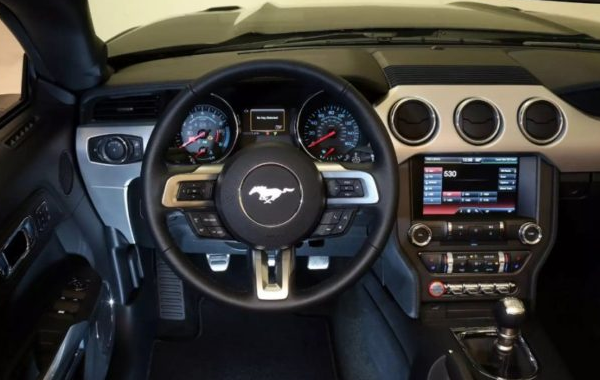 2021 Ford Shelby GT500 Interior