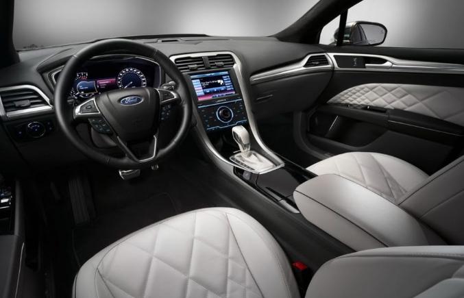 Ford Mondeo 2021 Interior