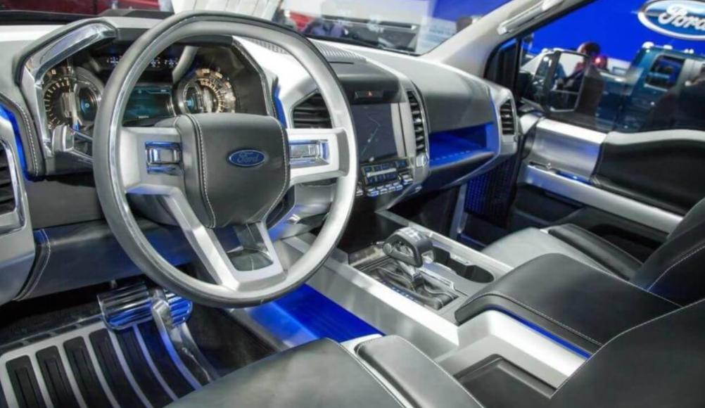 2022 Ford Bronco Interior