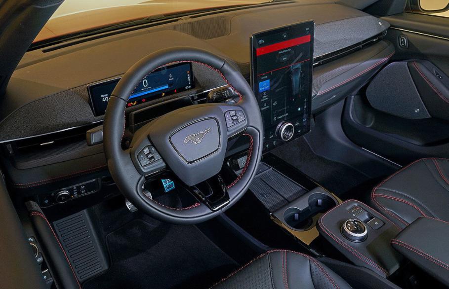 2022 Ford Mustang Interior
